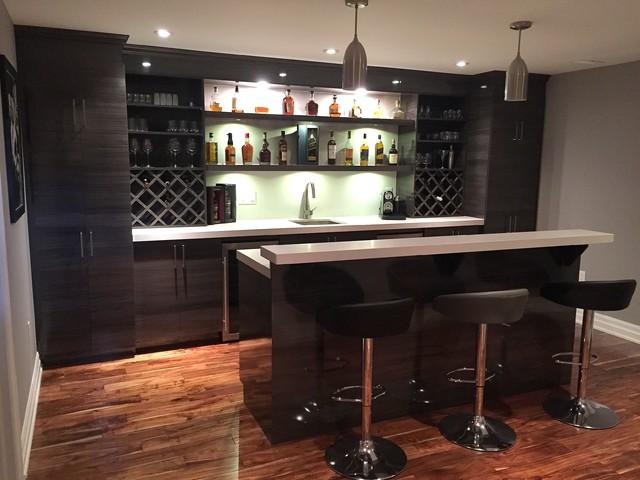 WINE BAR - Closet & Beyond